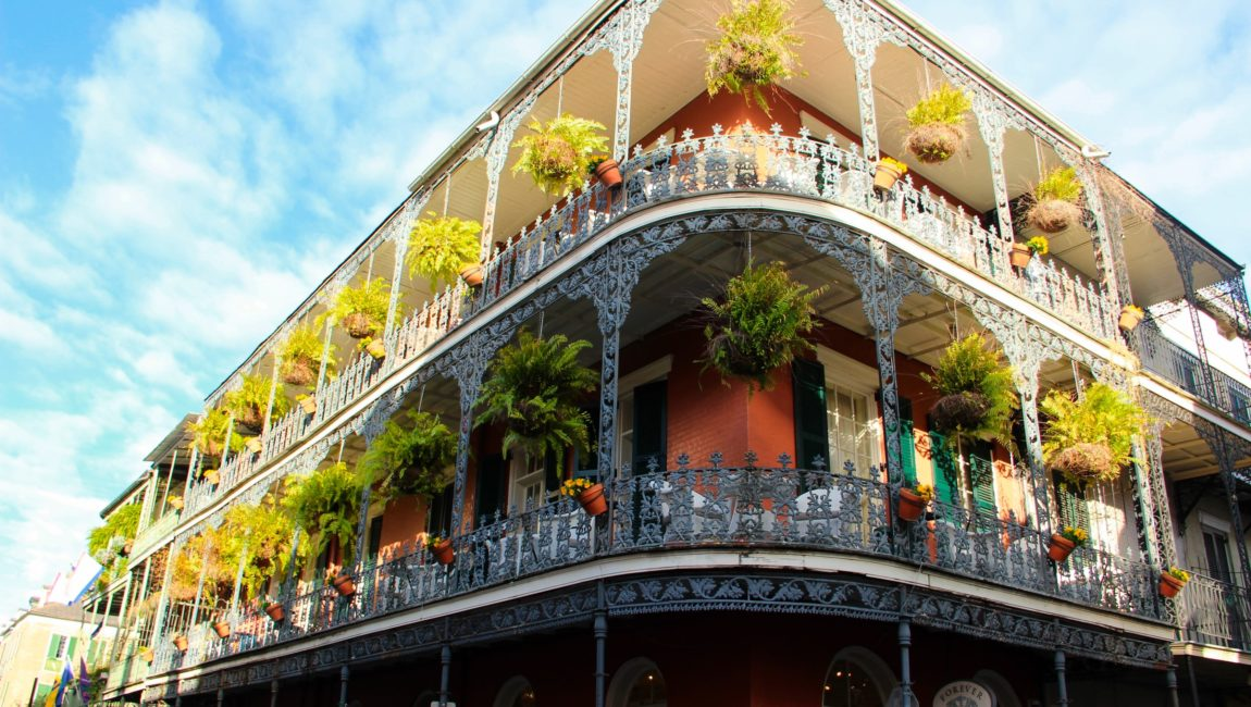 Moving/Relocating to New Orleans: 8 Clever Tips To Know & Important Advice